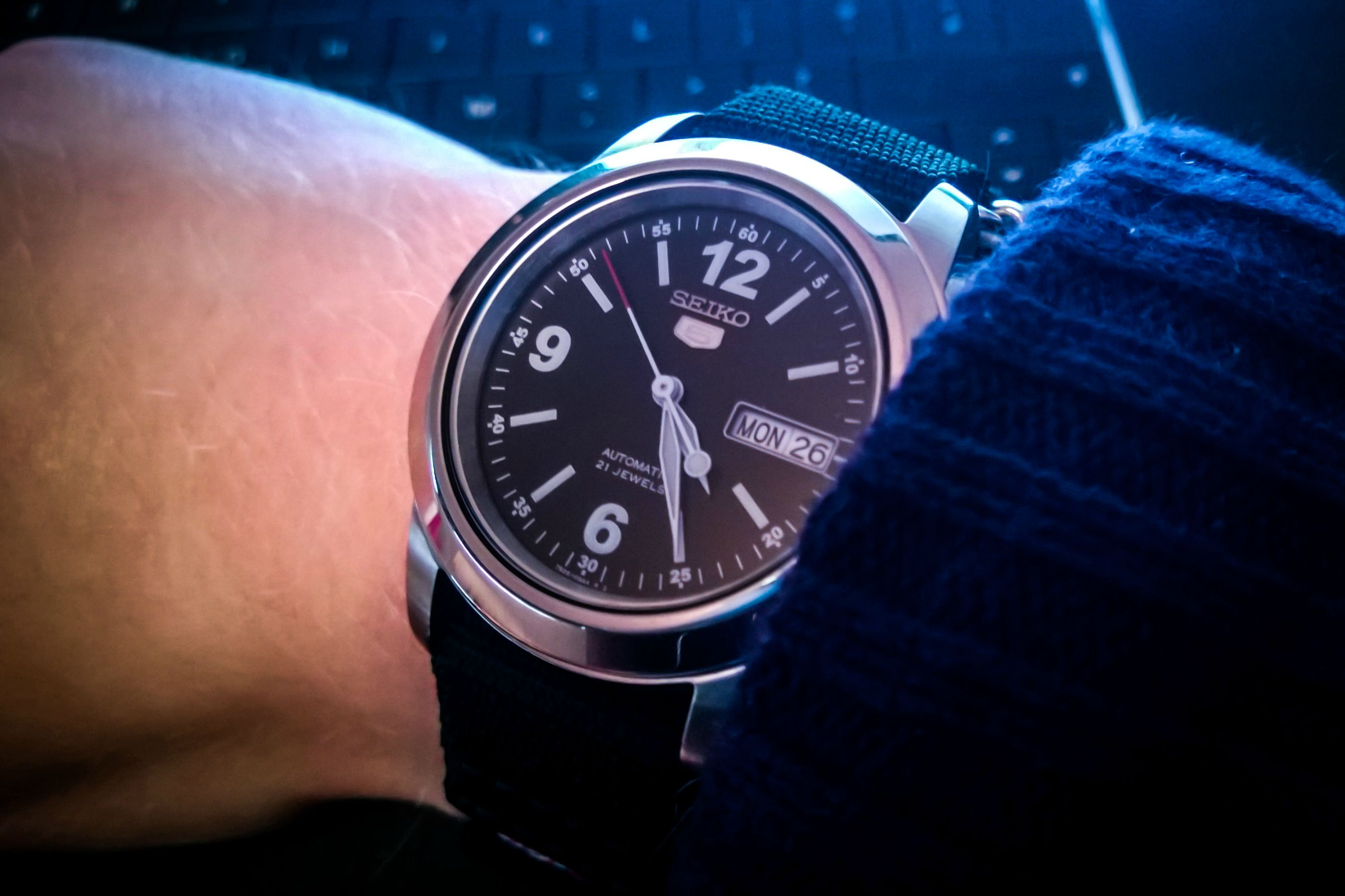 Đồng hồ seiko SNKE63K1 (8)