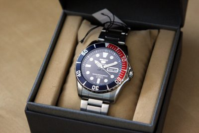 Đồng hồ Seiko SNZF15K1 (8)