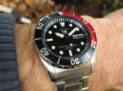 Đồng hồ Seiko SNZF15K1 (9)