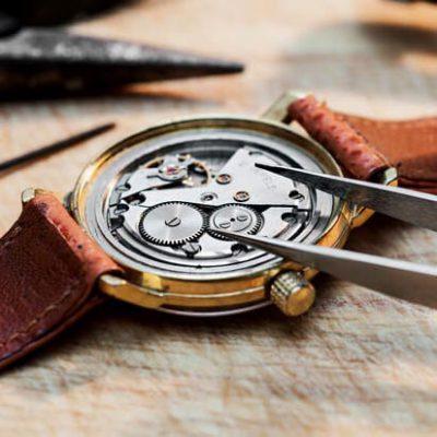 Thay pin đồng hồ 2