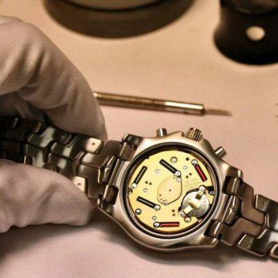 Thay pin đồng hồ 3